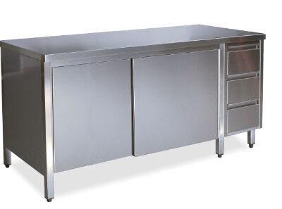 Base Cabinets & Units (32)