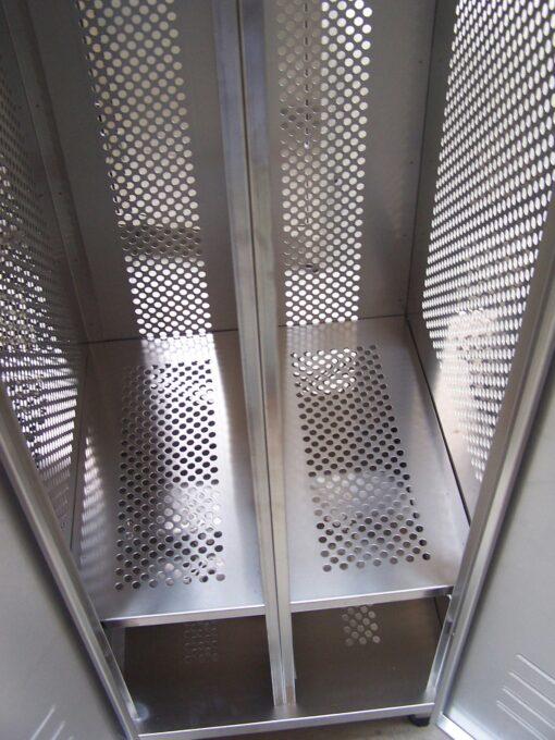 stainless steel lockers 2