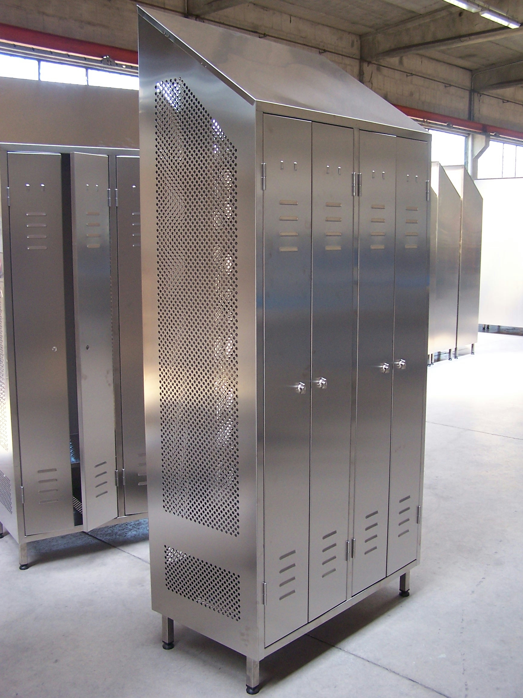 Stainless Steel Lockers By J Amp K Stainless Solutions Sheffield