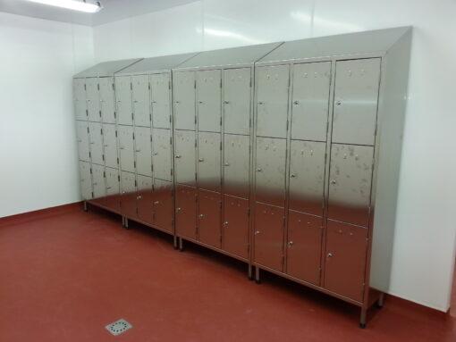 Stainless steel lockers 8