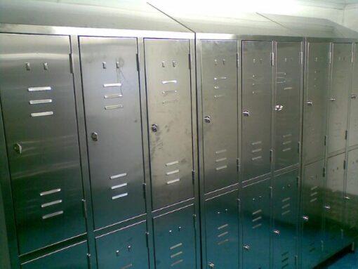 Stainless steel lockers 9
